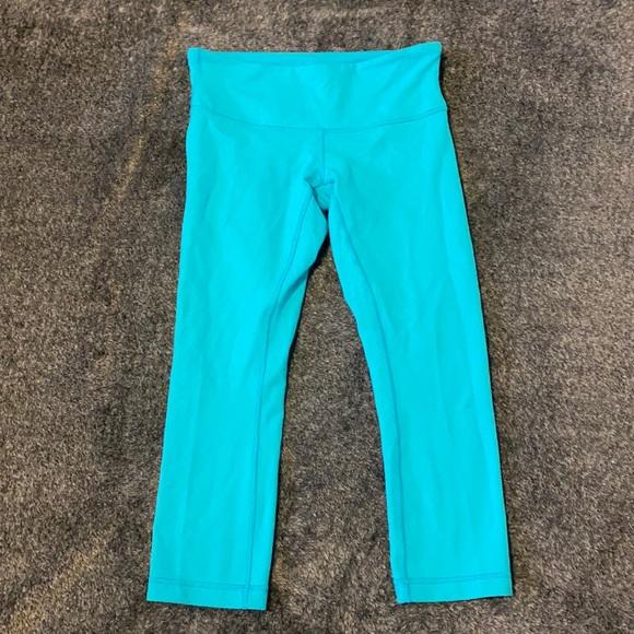 Lululemon Capri leggings (blue)